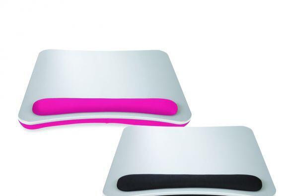 Este es un escritorio portátil para colocar tu 'laptop' que cuenta con u...