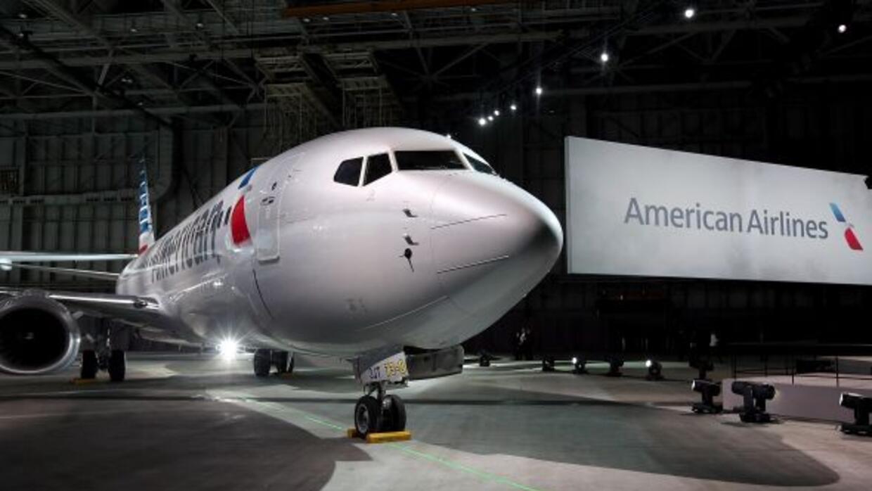 Nuevo logo American Airlines