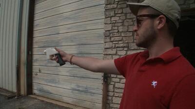 Una menor acusa al creador de armas impresas en 3D de asalto sexual en Texas