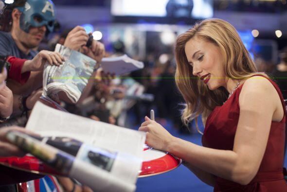 Scarlett Johansson alfombra roja Capitan America