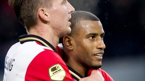 De Jong hizo uno de los goles del triunfo del PSV