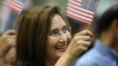 Latinos in the US have high hopes for a better future in spite of the ha...