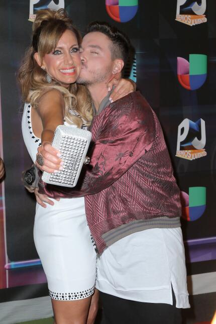 Antes de empezar la ceremonia, la presentadora de televisión cubana Lili...