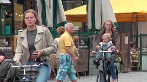 Nijmegen, en Holanda, no siempre estuvo lleno de bicicletas. El cambio c...