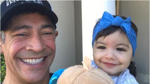 Johnny Lozada con Amaia