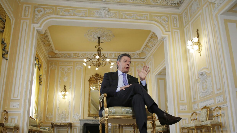 Juan Manuel Santos entrevistado en la Casa de Nariño