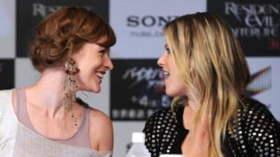 Las actrices Milla Jovovich y Ali Larter.