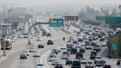 Los Ángeles podría cobrar a sus conductores para reducir el congestionamiento