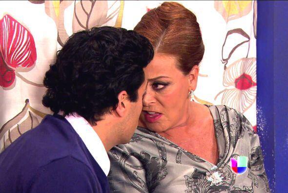 Y cuando le habla a su querido primogénito, Ana Sofía lo hace de una for...