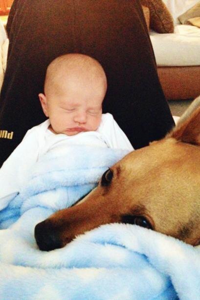 No importaba que día fuera, que vestía su bebé, que pose tuviera ni el l...