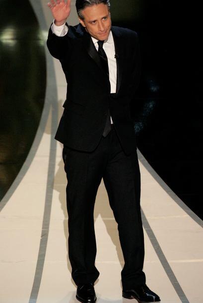 """El 2006 fue el primer año que Jon Stewart presentó la entrega del """"scar...."""
