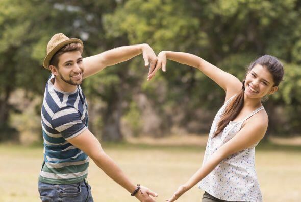 Tener una sola pareja a la vez, asegura la reproducción pues es más sost...