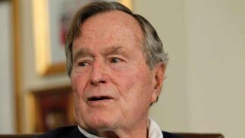 George Bush padre fue presidente de Estados Unidos entre 1989 y 1993, ad...