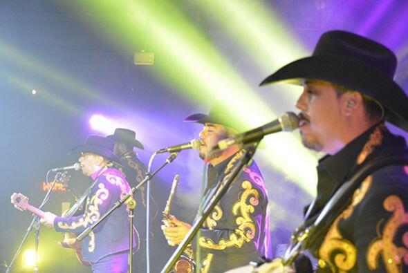 La Maquiaria Norteña interpretó también canciones que se han colocado po...