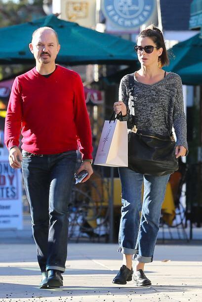 Sandra Bullock huye de las cámaras. Mira aquí lo último en chismes.