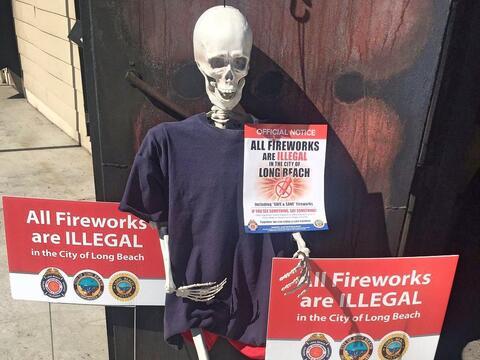 Campaña contra la venta y quema ilegal de fuegos artificiales.