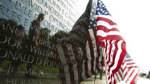 Las imágenes de la conmemoración del Día de los Caídos en Guerra en el M...