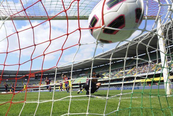 El Chievo se fue al frente desde el minuto 15 al recibir al Bolonia con...