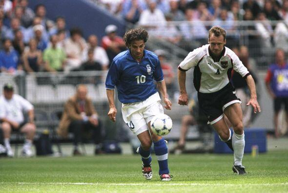 El primer gran torneo de Del Piero con Italia fue la Eurocopa de 1996, d...