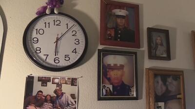 Una familia de Arizona de larga tradición en la Marina habla sobre la muerte de su hijo de 27 años en el mar de Japón