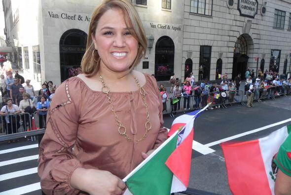 Univision 41 en el desfile de la Hispanidad e40b24c61ea14b5fabdd6a81bd75...