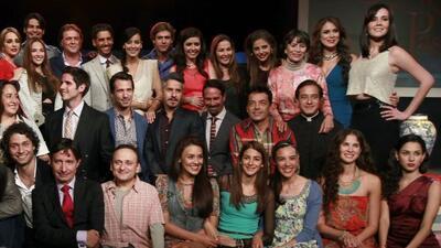 Sus protagonistas son Erick Elías y Esmeralda Pimentel.
