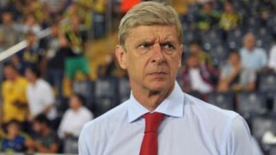 El entrenador de los 'Gunners' ya no contempla a Suárez como refuerzo, m...