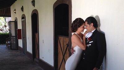 """""""Tan enamorados como el primer día"""": Ana Patricia y Luis Carlos celebran su aniversario de bodas (fotos)"""