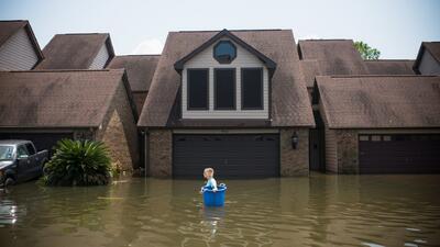 Continúan las ayudas a quienes perdieron sus viviendas durante el huracán Harvey