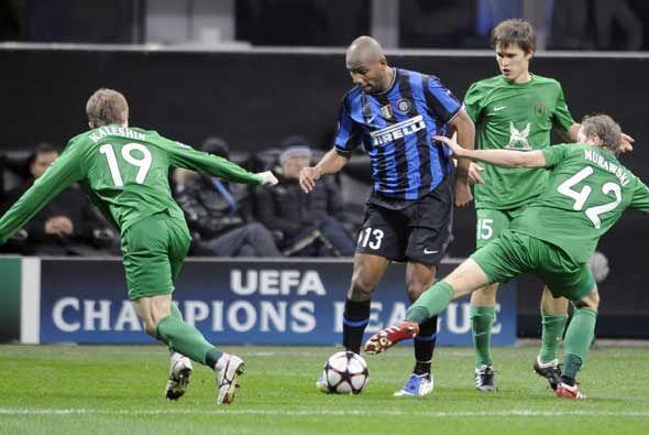 El Inter de Milán recibió al complicado Rubín Kazán con la obligación de...