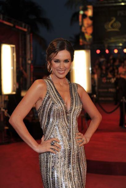 La presentadora de los premios se puso varios vestidos.