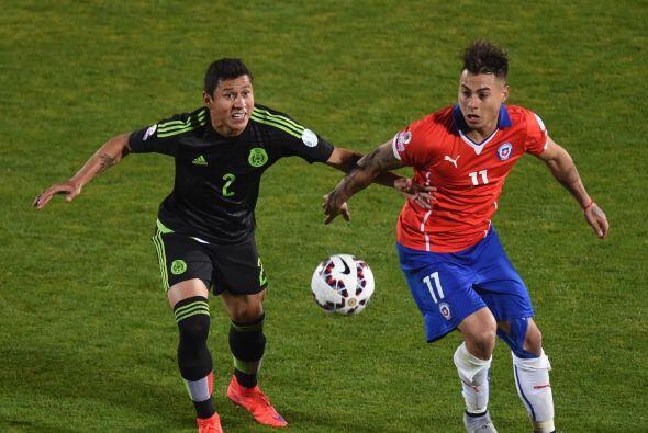 11.- Eduardo Vargas - Corrió como pocos en este partido pero, salvo su g...