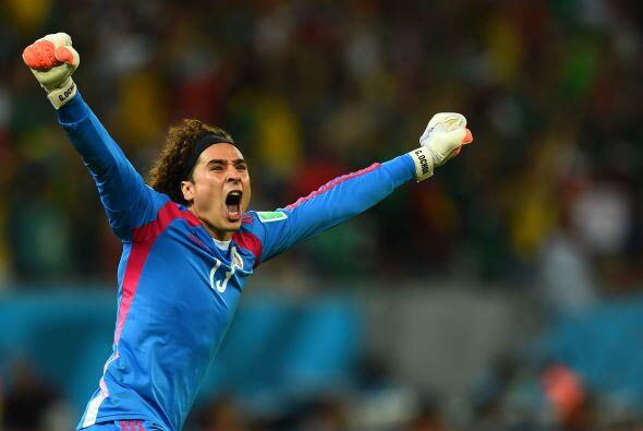 Ahora Ochoa, tendrá como rivales a Cristiano Ronaldo, Messi, Bale y much...
