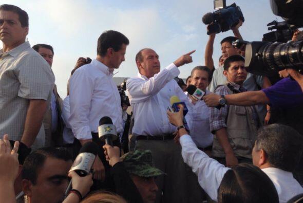 Acompañado por el gobernador del estado Rubén Moreira, así como por el a...