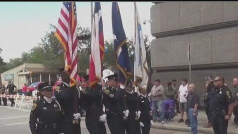 Houston celebró el Día de los Veteranos con un tradicional desfile