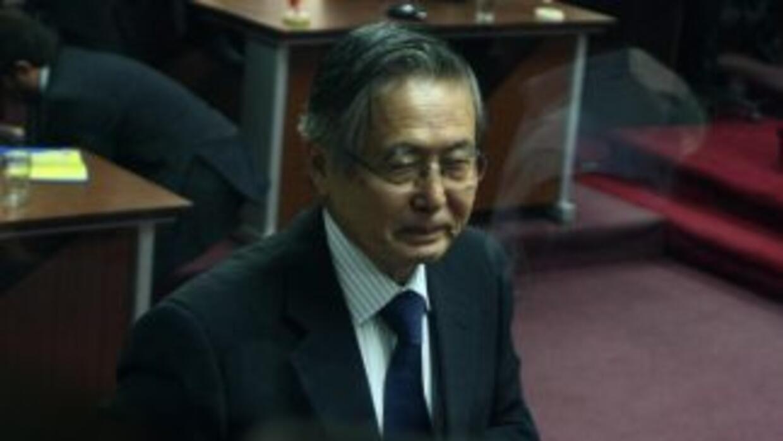 La familia y la defensa del encarcelado ex presidente peruano Alberto Fu...