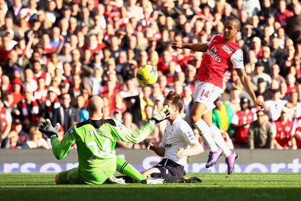 Eso no sería todo dentro de una fiesta de goles para Arsenal.