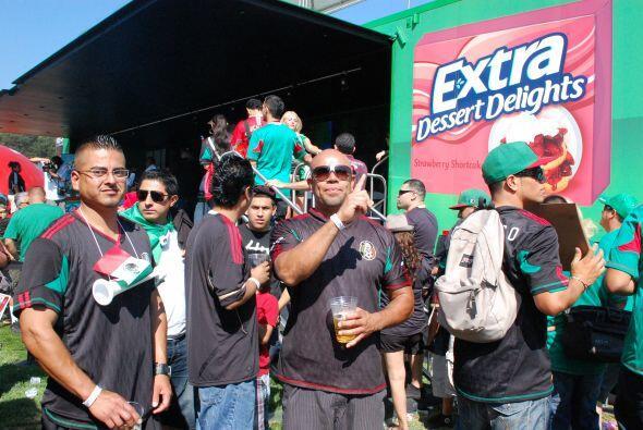 Extra, el chicle oficial de la Selección Mexicana, siempre está presente.