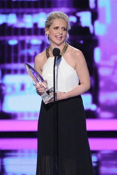 """Sarah Michelle Gellar fue la Actriz en nueva comedia favorita por """"The C..."""