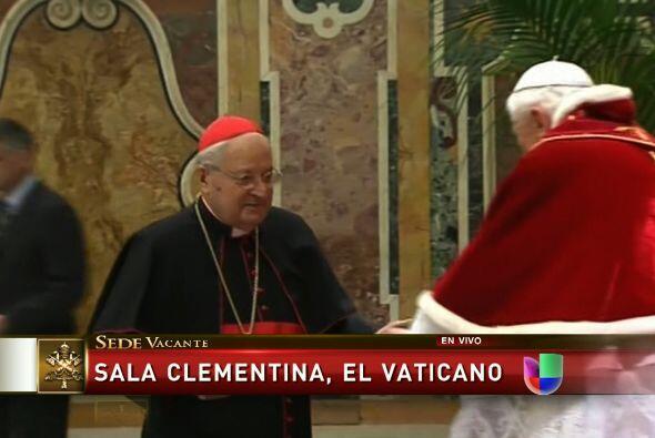 """Benedicto XVI agregó """"Servimos a la iglesia y a la humanidad y eso es al..."""