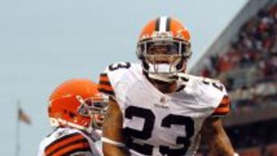 Los Browns recuperarán a su mejor jugador defensivo para enfrentar a su...