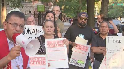 Activistas exigen el cierre inmediato de los centros de menores operados por Heartland Alliance