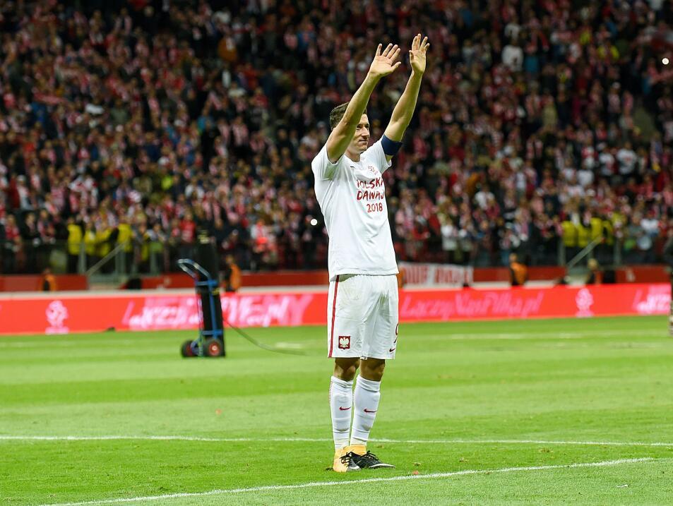 Polonia empató con Uruguay en amistoso gettyimages-859051286.jpg