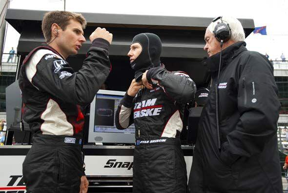 El autraliano Will Power (izquierda) es otro de los pilotos del equipo V...