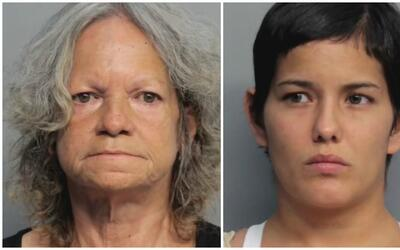 Madre e hija fueron arrestadas por presuntamente estafar a un médico por...