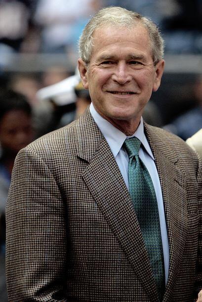 Otro de los que figura en la lista es el ex presidente de EU del año 200...
