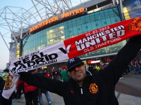 ' Old Trafford' se vistió de fiesta futbolística para reci...