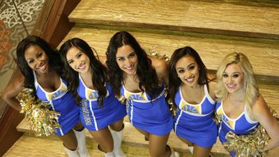 Las sensuales chicas doradas que vibran por los Warriors en las finales de la NBA