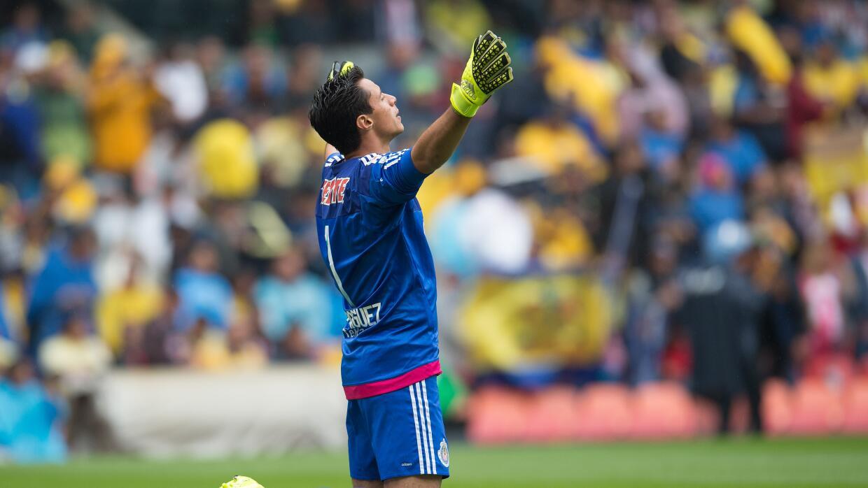 El arquero de Chivas respndió el tuit de Muñoz