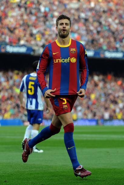 El central del Barcelona aprovechó una mala marcación por parte de los '...